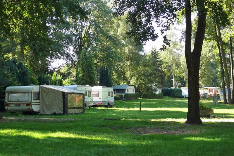 Campingplatz Dresden-Nord im Sommer